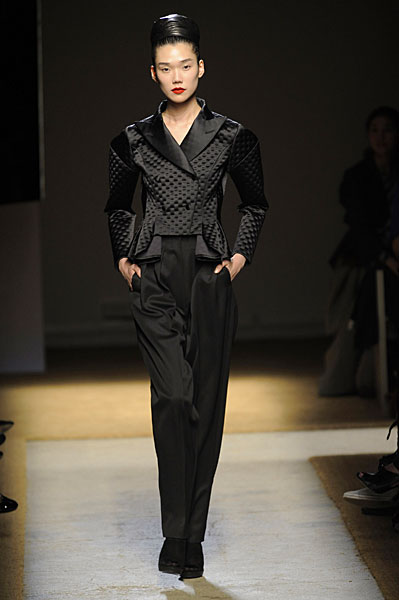 Yves Saint Laurent: Back in the Black for Fall 2009