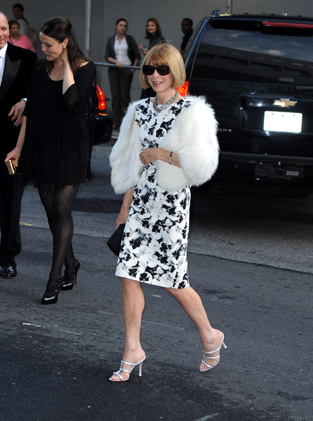 Anna Wintour in Carolina Herrera