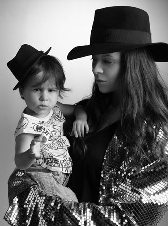 Stylist Charlotte Stockdale and daughter Imogen Newsom