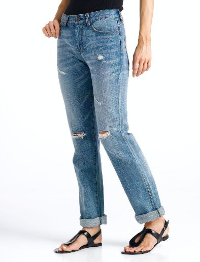 A pair of boyfriend jeans...