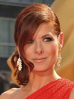 How-To: Get Debra Messing's 2009 Emmys Makeup