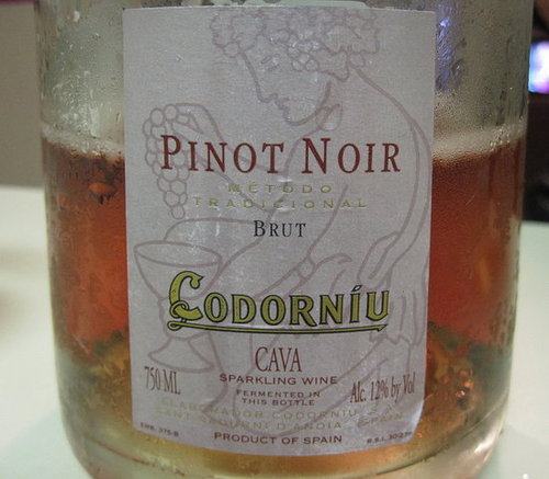 Review of Codorníu Sparkling Pinot Noir Rosé