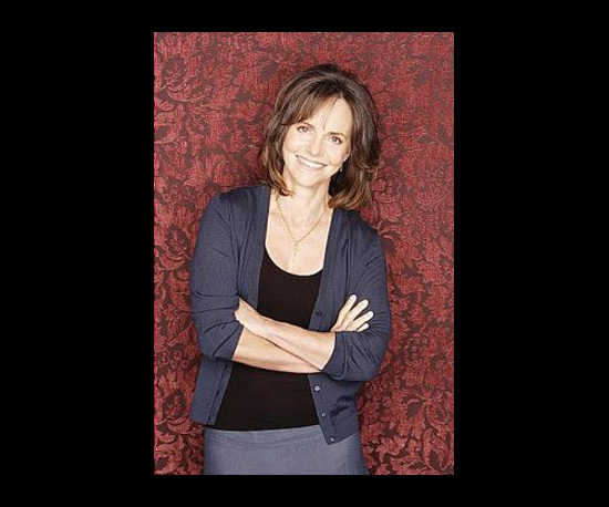 Sally Field, Brothers & Sisters