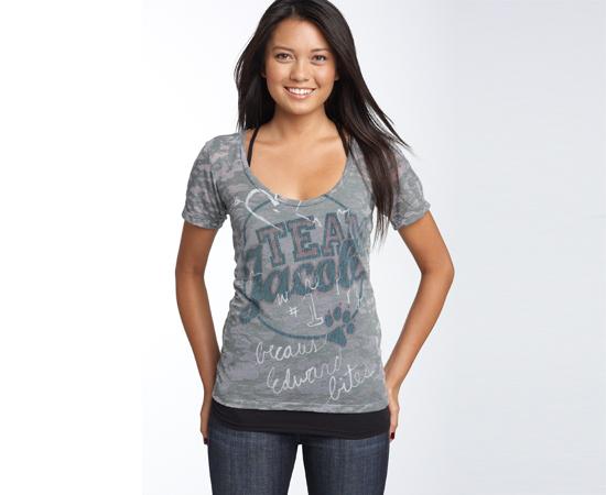 'Team Jacob' Boyfriend T-Shirt, $30