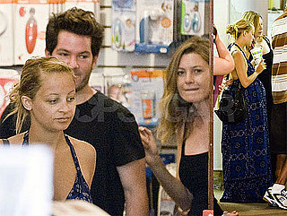Nicole Richie and Ellen Pompeo's Baby Bump Run In