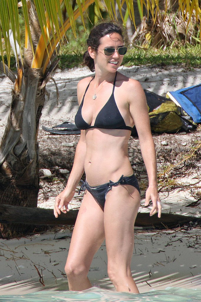 Photos of Jennifer Connelly in a Bikini