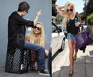 Photos of Platinum Blonde Lindsay Lohan and Samantha Ronson at 7-Eleven