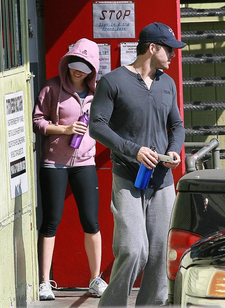 Photos of Ryan Reynolds and Scarlett Johansson Leaving the Gym