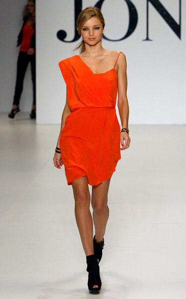 Miranda Kerr Walks the Spring/Summer '09 David Jones Catwalk in Australia