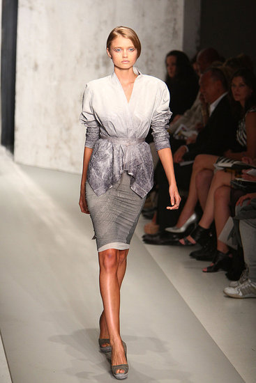 2010 Spring New York Fashion Week: Donna Karan Gallery