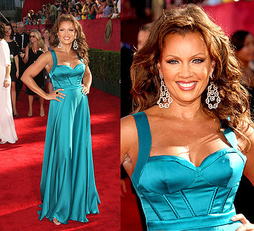 Photo of Vanessa Williams on the Emmy Awards Red Carpet 2009-09-20 20:38:16