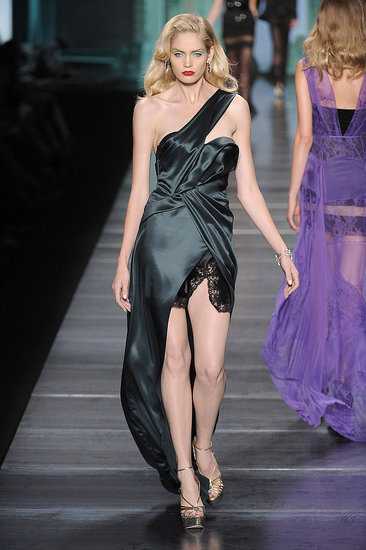2010 Spring Paris Fashion Week: Christian Dior