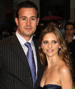 Sarah Michelle Gellar & Freddie Prinze Jr. Welcome A Baby Girl, Sarah Michelle Gellar Gives Birth To Charlotte Grace Prinze