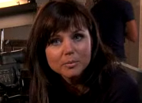 Tiffani Thiessen Too Busy For SBTB Reunion, Hearts Break