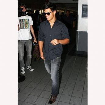 S+++ You So Need To Get: Taylor Lautner&#039;s J. Brand Denim Co Jeans