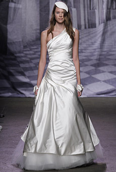 Monique Lhuillier Bridal Fall 2010