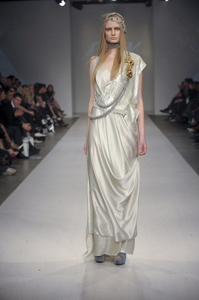 A look from Lucian Matis' Spring 2010 Collection on 10/23/09