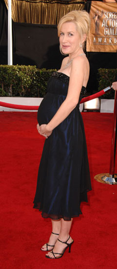 Angela Kinsey and Her Petite Belly