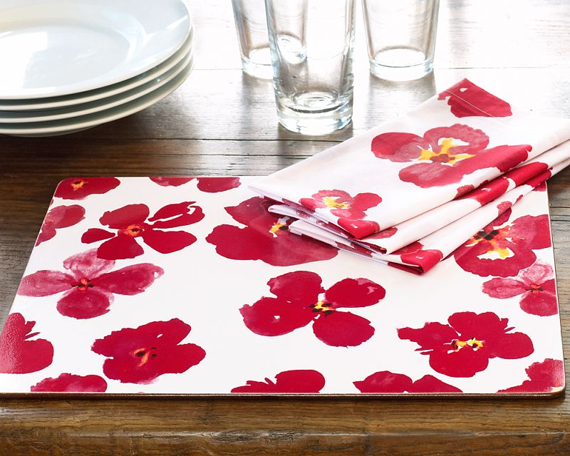 Minimize Messes With Pretty Placemats