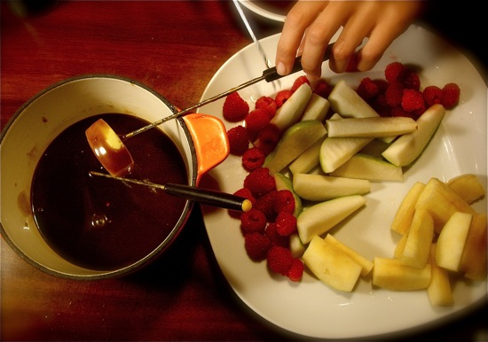 Caramel Fondue with Fall Fruit
