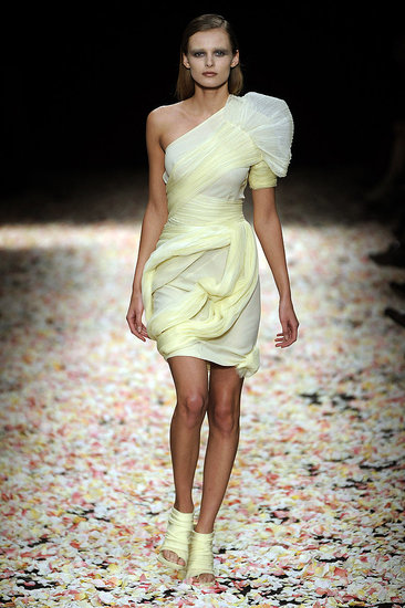 2009 Spring Couture: Givenchy