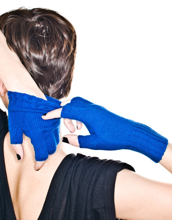 Yarnz Blue Cash Fingerless Gloves