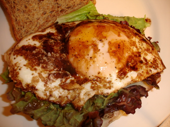 Balsamic Egg Sandwich