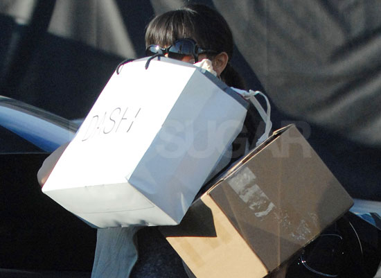 Kim Kardashian Shops with Reggie