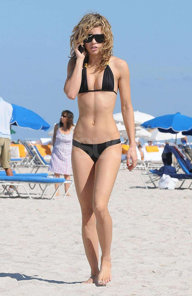 AnnaLynne McCord in Miami
