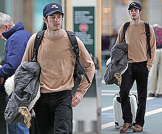 Adam Brody Still Has His Photo Taken