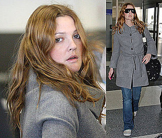Drew Barrymore Flies Solo?!