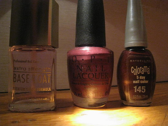 Photos: OPI Boris & Natasha and Colorama Vampire Seduction