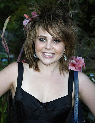 Mae Whitman to Star in Rob Thomas' Good Behavior