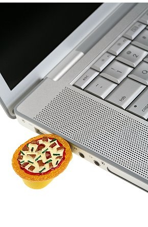 Pizza Flash Drive: Love It or Leave It?