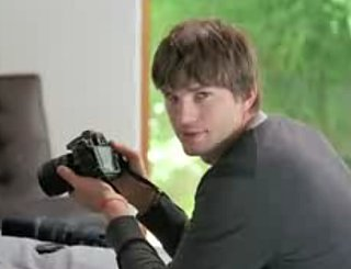 Ashton Kutcher Shows Off Nikon's Latest Camera: The D90 D-SLR