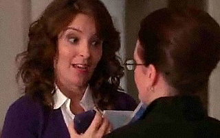 Tina Fey's Character Liz Lemon Gets an iPhone on 30 Rock!