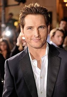 "Twilight's Peter Facinelli, Who Stars as Carlisle Cullen, is a Mac who Uses ""The iChat"""