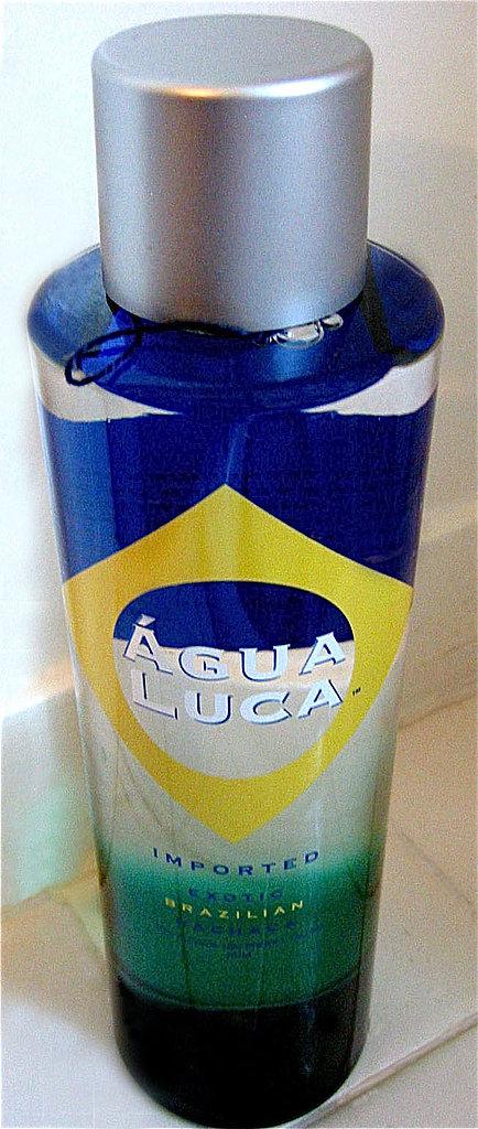 Água Luca Caipirinha
