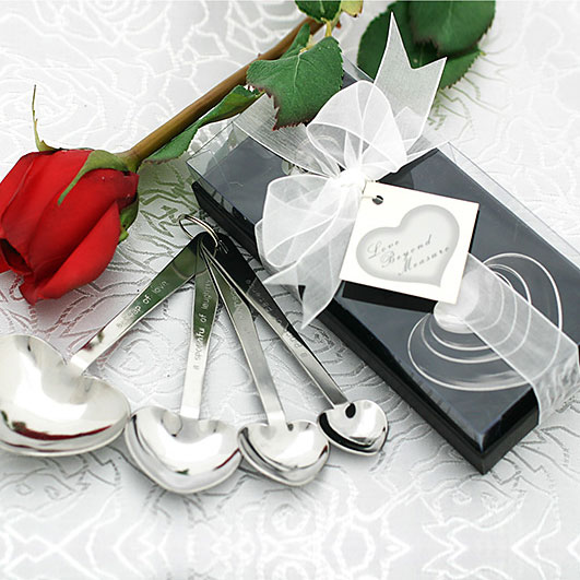"Show them that your love is ""beyond measure"" with these heart-shaped measuring spoons."