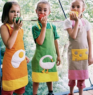 Cute Kitchen Outfits For the Little Ones