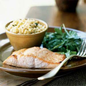 Fast & Easy Dinner: Honey-Ginger Glazed Salmon with Arugula Salad