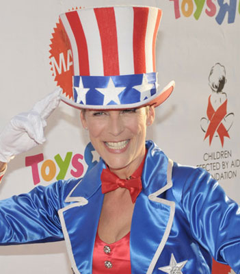 Jamie Lee Curtis Wears Her Patriotic Colors for Barack and Biden