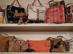In The Showroom: Tommy Hilfiger Spring 2009 Handbags