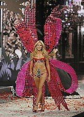 Miami: Victoria's Secret Fashion Show 2008