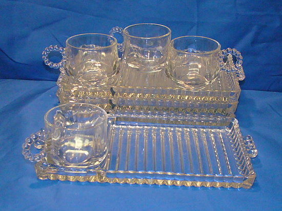 VINTAGE HAZEL ATLAS ORCHARD CRYSTAL 8 PC SNACK SET