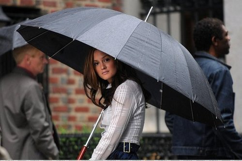 Rainy Day On Gossip Girl Set...