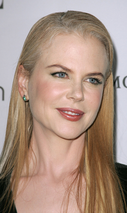 Photo of Actress Nicole Kidman at Elle 15th Women in Hollywood. Straight Blonde Hair with Grey, Lime Eyeliner. Love or Hate?