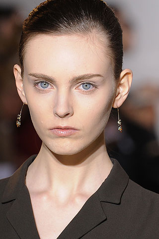New Jil Sander Earrings Spear Some Attention