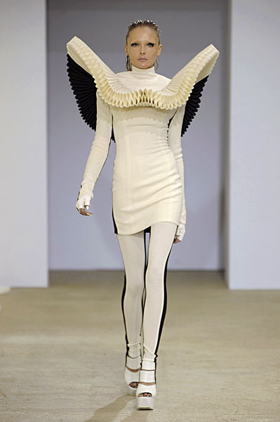 Gareth Pugh On Par in Paris for Spring 2009