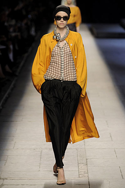 Dries Van Noten Checks In for Spring 2009